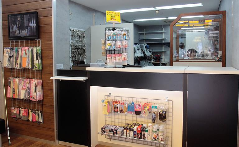 プラスワン堺筋安土町店(3)